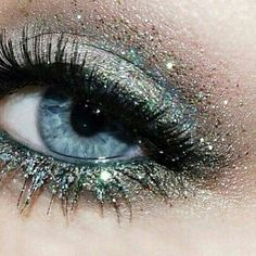 Blue Glitter Eye Makeup for Blue Eyes