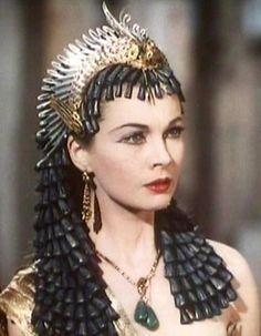 CESAR Y CLEOPATRA (Cesay Cleoptra - Bernard Shaw)  La actriz Vivien Leigh en un diseño de Irene Sharaff y otros.