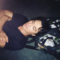 Ian Somerhalder - 29/09/16 - When you're so tired at work you sleep on you hair and make bags... Thanks for the head support Amber https://www.instagram.com/p/BK8dmS_j40W/?taken-by=iansomerhalder - Twitter / Instagram Pictures