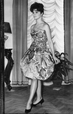 Tina Louise in a strapless dress uploaded by www.1stand2ndtimearound.etsy.com