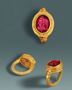 Greek Gold and Carnelian Ring with Intaglio of Herakles, 4th century BC