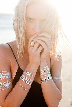 สติ๊กเกอร์รอยสักเครื่องประดับ สีเงินสีทองสีดำ Lulu Dk La Femme Jewelry Tattoos