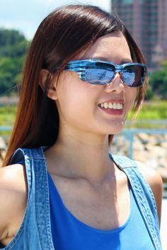Nowie Brushed Steel (Blue Mirror) Fitovers Sunglasses fitover prescription glasses perfectly and look great - you can't even tell there are glasses underneath!