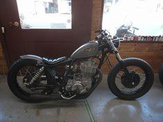 Bratstyle Yamaha SR400