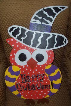 Halloween Owl Door Hanger by ThePaisleyPersimmon on Etsy. Owl Templates, Leaf Template, Applique Templates, Flower Template, Applique Patterns, Crown Template, Butterfly Template, Halloween Owl, Halloween Crafts