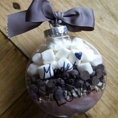 ooh hot chocolate in a bauble <3