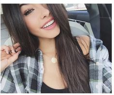 The beautiful Madison Beer Beauty Makeup, Hair Makeup, Hair Beauty, Pretty People, Beautiful People, Beautiful Beautiful, Beautiful Images, Selfie Poses, Madison Beer