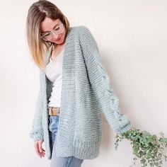 Shawl, Crochet Patterns, Pullover, Knitting, Sweaters, Clothes, Dresses, Fashion, Waistcoat Designs