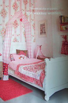 meisjeskamer Nursery Decor, Room Decor, My Little Girl, Kidsroom, Sweet Girls, Toddler Bed, Children, Granddaughters, House