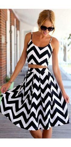White Black Chevron Stripe Spaghetti Strap Scoop Neck Crop Top Pleated Flare A Line Midi Skirt Two Piece Dress