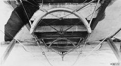 BRITISH AIRCRAFT FIRST WORLD WAR (Q 67321). The torpedo carrier underneath the fuselage of a Short Shirl torpedo bomber biplane.