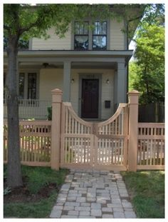 Google Image Result for http://homedesigndecorating.com/wp-content/uploads/2010/05/Front-Yard-unique-gate-design.jpeg