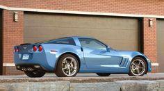 2012 Corvette...<3 this color!!