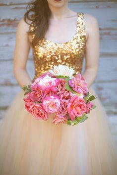 Gold glitter wedding dress with bright pink, full bouquet. What a fun idea for a non-traditional bridal look Pink Bouquet, Bouquets, Bouquet Flowers, Gold Dress, Dress Up, Glitter Dress, Gold Wedding, Dream Wedding, Sequin Wedding