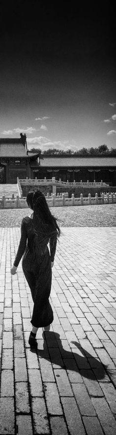 Girl in Beijing - photo from #treyratcliff Trey Ratcliff at http://www.StuckInCustoms.com