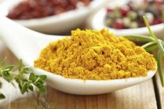 How to Cook With Wonder Spice Turmeric: A Quick Primer. Try to use freshly ground black pepper in combination with turmeric. This helps the curcumin in turmeric to be more readily absorbed into the bloodstream. Turmeric Paste, Turmeric Tea, Ground Turmeric, Turmeric Curcumin, Weight Loss Herbs, Curry Spices, Aromatic Herbs, Ayurveda, Ayurvedic Healing