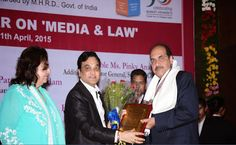 Prof.Dr.Mukund Sarda Hon'ble Mr. Justice A. M Thipsay, being  felicitated by Prof. Dr Mukund Sarda, Dean Faculty of Law and Principal of New Law College #Pune , as the Hon'ble Mr. Justice was in New Law College Pune to inaugurate one day National Seminar on Media Law and also present was Smt. Pinky Anand, Addl. Solictor General of Supreme Court of India on 11/04/2015.