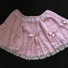 Baby Knitting Patterns, Knitting Designs, Crochet Patterns, Crochet Bedspread, Crochet Baby Clothes, Baby Cardigan, Baby Sweaters, Crochet Crafts, Lace Shorts