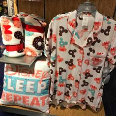 I stopped by my local Disney Store this weekend, to do the fun Magical Egg Hunt with my son. Cute Disney Outfits, Disney Inspired Outfits, Disney Style, Disney Love, Disney Magic, Cute Disney Stuff, Disney Clothes, Disney Souvenirs, Disney Parks