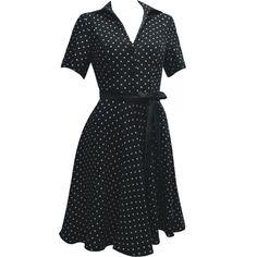 Vestido Camisa Preto de Poá Branco com Mangas Curtas e Saia Godê. - Atelier Luiza Pannunzio