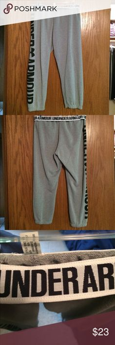 """Baggy Capri/crop comfy  UA sweats Pictures show best I could the condition of the item, in great shape the fabric does looked """"pilled"""" when they're worn a few times not noticeable unless you zoom in on it . Super comfy perfect to wear with sandals and scrunched up in summer or stick them into cozy boots for winter ! These pants were only worn a few times ! Under Armour Pants Ankle & Cropped"""