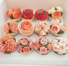 Russian piping tips Flowercake, cupcakes