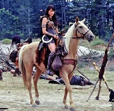 Xena warrior princess with war horse Argo Lucy Lawless