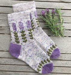 Knitted Socks Free Pattern, Knitting Patterns Free, Knit Patterns, Knitting Socks, Hand Knitting, Knit Socks, Knitting Help, Knitted Slippers, Knitting Machine