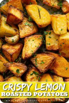 Lemon Roasted Potatoes, Greek Lemon Potatoes, Roasted Potato Recipes, Healthy Potatoes, Quick Potato Recipes, Herbed Potatoes, Bbq Potatoes, Herb Roasted Potatoes, Seasoned Potatoes