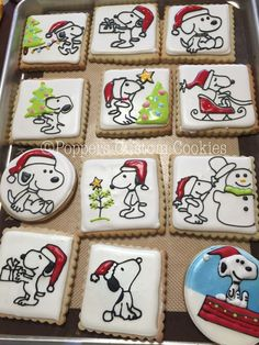 of the best decorated Christmas cookies. Different cookie cutouts and decorating styles are here with some easy recipes thrown into the mix as well. Find classics such as shortbread cookies, gingerbread cookies, sugar cookies and more! Cute Christmas Cookies, Peanuts Christmas, Iced Cookies, Sugar Cookies Recipe, Christmas Goodies, Holiday Cookies, Christmas Desserts, Christmas Treats, Christmas Baking