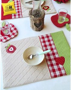 Tovaglietta americana Imbottita Angelica Home & Country Collezione Mele Seconda Variante