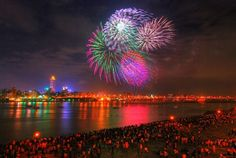 Taiwan's National Day Fireworks Show by © good10740 (Byronature) via Flickr.com