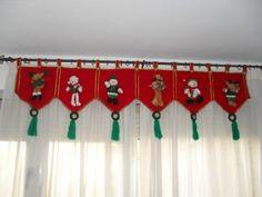 como hacer cenefas navideñas Christmas Mom, Christmas Sewing, Christmas Fabric, Christmas Projects, Felt Crafts, Christmas Crafts, Christmas Ornaments, Christmas Valances, Felt Christmas Decorations