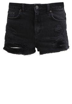 Black and ripped = classic Berlin vibes.  Rock these @topshop mom shorts with a vintage t-shirt for easy Berlin style.