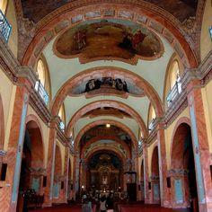 Iglesia de San Pedro en Lambayeque. Saint Peters Church #Perú #promperu #Peru #departamentodelambayeque #lambayeque #southamerica #sudamerica #Visitperu #perutravel #igersperu #backpacking #mochilero #travelgram #travelingram #instatravel #travelphotography #fotodeldia #photooftheday #picoftheday #arthistory #travel #trip #vacation #traveling #viaje #viajes #viajar #turismo #turismoporelmundo #tourism @Peru Capturado por arteenlamochila