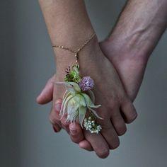 brackenfloral's wrist corsage