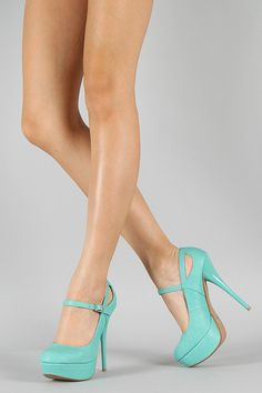 mint blue heels! Tasty sexy lovely