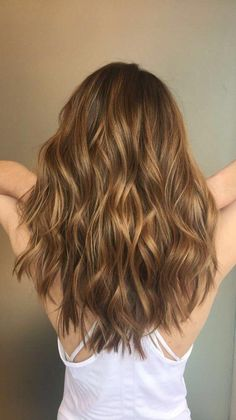 Warm honey brown hair balayage Ideas for 2020 Caramel Hair Honey, Carmel Brown Hair, Honey Brown Hair, Brown Hair With Highlights, Light Brown Hair, Honey Coloured Hair, Honey Golden Hair, Honey Highlights, Color Highlights