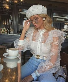 Image in fashion collection by Jazz on We Heart It Classy Outfits, Stylish Outfits, Mode Für Teenies, Puffy Sleeves Blouse, Puff Sleeves, Looks Party, Elegantes Outfit, Looks Chic, Evening Outfits