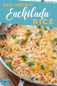 EASY ONE POT ENCHILADA RICE (+Video) This Easy One Pot Cheesy Enchilada Rice is packed full of flavor with enchilada sauce, salsa, corn, peppers and topped off with cheese! Mexican Dishes, Mexican Food Recipes, Vegetarian Recipes, Cooking Recipes, Rice Recipes, Arabic Recipes, Cooking Dishes, Indian Dishes, Recipies