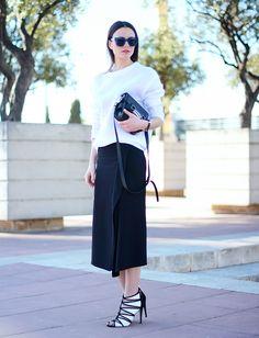 Zina Charkoplia of Fashion Vibe // #Fashion #StreetStyle
