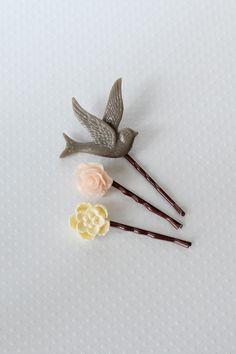 Sweet Haven Hair Pin Trio in yellow by Splendor :: $11.99