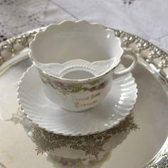 陶磁器 Archives * 2ページ目 (2ページ中) * ラブアンティーク Love Antique of London Cup And Saucer, Tea Cups, Presents, Antiques, Tableware, Gifts, Antiquities, Antique, Dinnerware