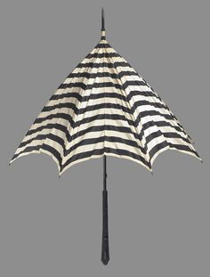 Late century, possibly France - Umbrella - Black and white striped silk with beaded jet handle Black White Stripes, Black And White, Vincent Van Gogh, Fashion History, French Vintage, 19th Century, Vintage Fashion, France, Colours