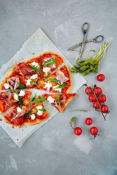 Finnish Recipes, Dessert Recipes, Desserts, Mozzarella, Vegetable Pizza, Food Inspiration, Nom Nom, Vegetables, Tailgate Desserts