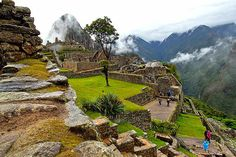 Sacred Valley to Machu Picchu: 2-Day Tour from Cusco