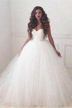 This is a made-to-order product. Return to traditional wedding silhouettes,this beautiful ballgown is a dream! Lace and tulle form a ballgown silhouette that is reminiscent of classic wedding gowns.A sweetheart neckline adds just a touch of sexiness. Tulle Skirt Wedding Dress, Sweetheart Wedding Dress, Perfect Wedding Dress, Lace Dress, Lace Corset, Tulle Lace, Tulle Wedding, Ivory Wedding, Corset Wedding Dresses