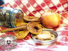How to make Apple Chips. Leaves your home smelling fabulous all day long!