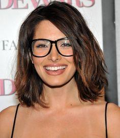 Sarah Shahi ◈ Gafas ● Lunettes ● Eyeglasses ◈ by Arros Caldos