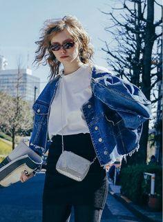 Wide Cut Denim Jacket / Blue | PERVERZE